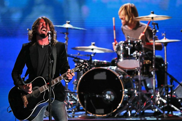 Dave Grohl Forced To Cancel Shows Due To Loss Of Voice