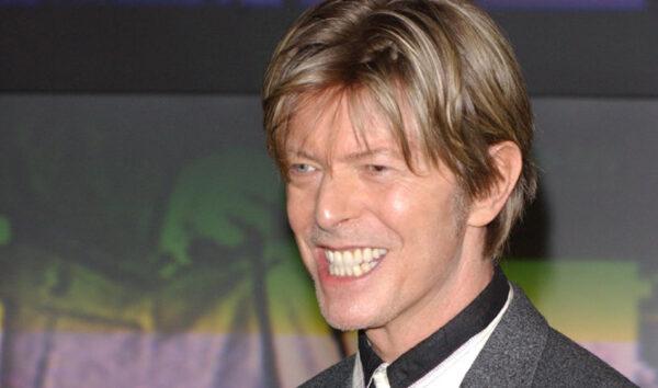 "Altimage= ""Bowie"""