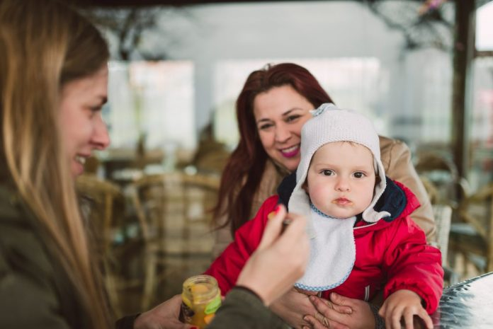 Lesbian Parents To Be Named On Birth Certs