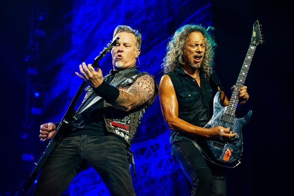Metallica To Continue Selling Bourbon