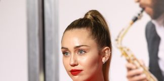 Miley-Cyrus-Metallica-Cover-Album