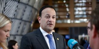 Varadkar Confirms That Retail, Gyms, Hairdressers Will Open First Next Week