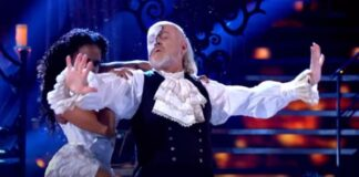 Bill-Bailey-Enter-Sandman-Strictly-Come-Dancing