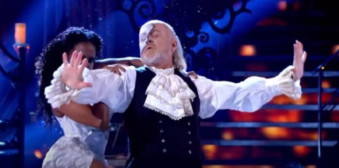 Bill-Bailey-Enter-Sandman-Strictly-Come-Dancing