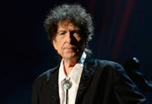 "Altimage= ""Bob Dylan"""