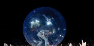 The-Flaming-Lips-Space-Bubble-Concert