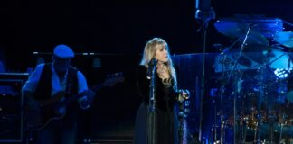 Christine-McVie-Casts-Doubt-Over-Fleetwood-Mac-Touring