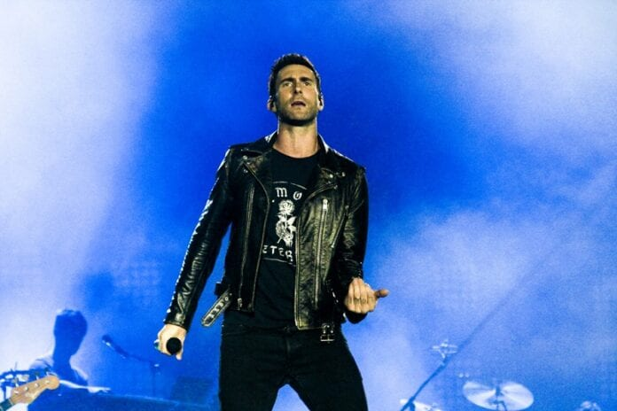 Adam-Levine-Says-There-Are-No-Bands-Anymore
