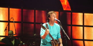 Paul McCartney Urges Fans to Get Vaccinated