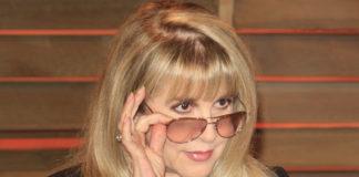 Stevie Nicks Reflects on Past Drug Addiction