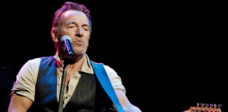 Bruce Springsteen Duets With John Mellencamp on New Song