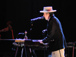 New Bob Dylan Video Features Rare Session Footage